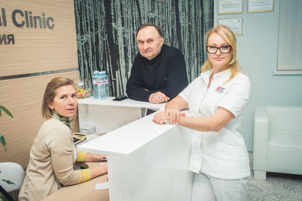 Фото Этапы проведения имплантации зубов в Киеве