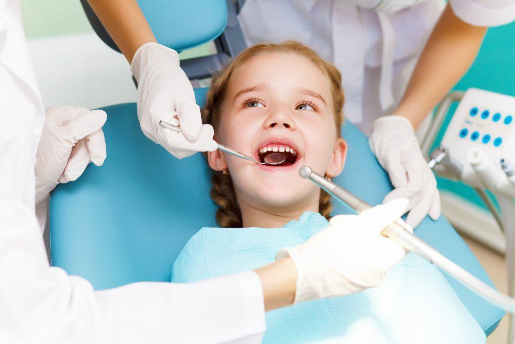 Фото - Удаление молочных зубов | Edclinic