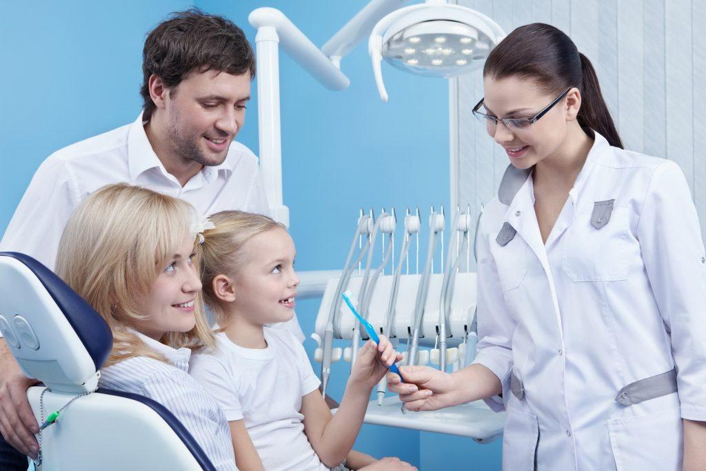 Фото - Удаление молочных зубов Киев | Edclinic