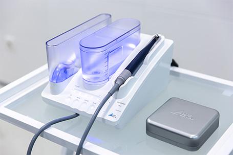 foto-vektor-terapiya-v-stomatologii-na-osokorkah-i-poznyakah